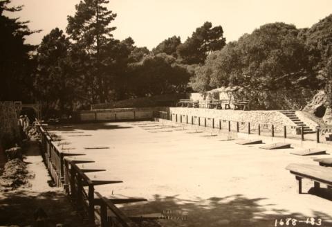 Horseshoe Pits: 1930s